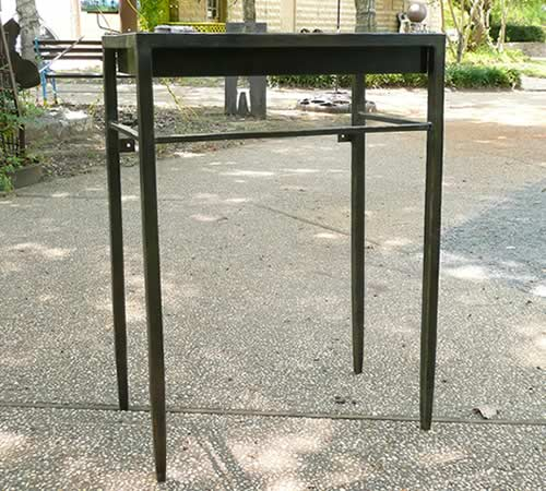 forged-sink-stand