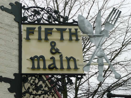 Fifth & Main Restaurant