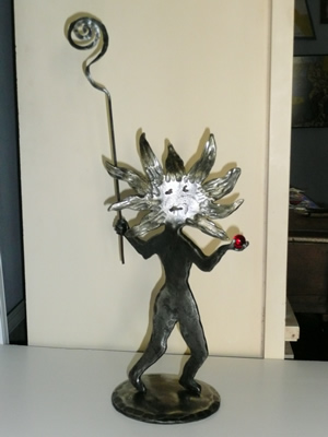 sun-goddess-sculpture